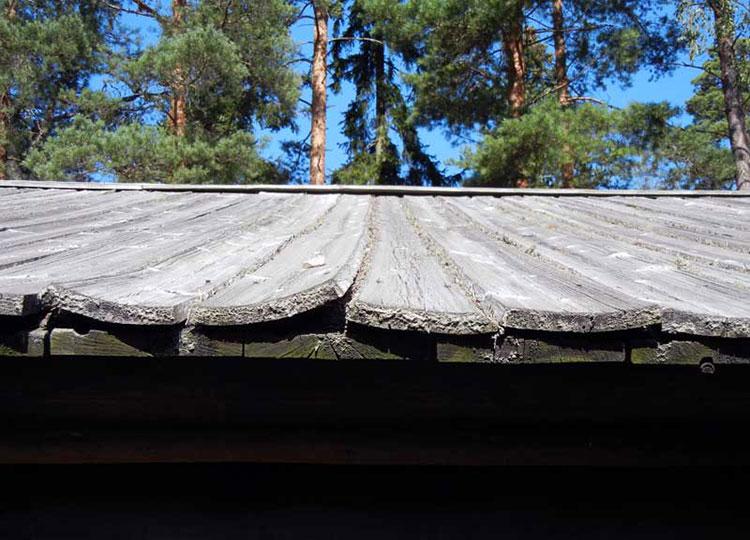рассыхание широких досок на крыше